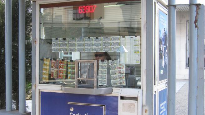 La once paraliza la actividad de sus vendedores y suspende sorteos